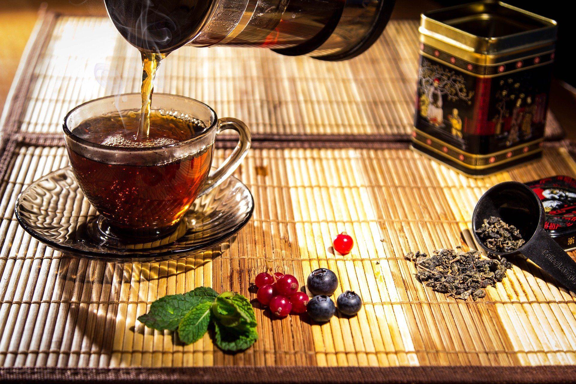 Magen Darm Tee trinken